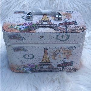 Imoshion Paris makeup bag